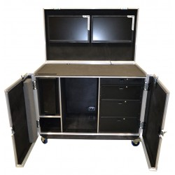 DIT workstation to hold Dual iiyama Prolite E2483HS Monitors in the lid.